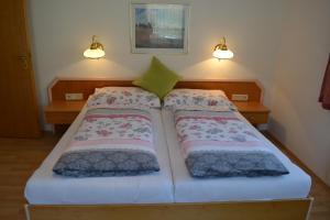 Ferienwohnungen Seerose direkt am See, Apartmány  Millstatt - big - 70