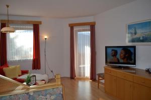 Ferienwohnungen Seerose direkt am See, Apartmány  Millstatt - big - 74