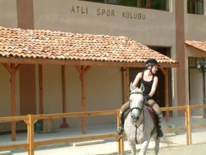 Iksir Resort Town