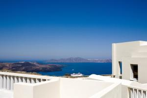 The Majestic Hotel(Fira)