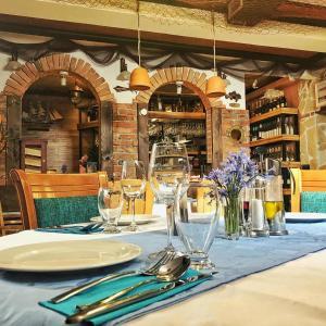 Скопье - Hotel Monako & Fish Restaurant Skopje