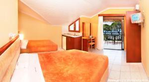 Vergos Hotel, Апарт-отели  Вурвуру - big - 6