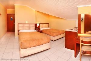 Vergos Hotel, Апарт-отели  Вурвуру - big - 72