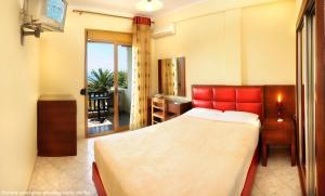 Vergos Hotel, Апарт-отели  Вурвуру - big - 71