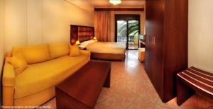 Vergos Hotel, Апарт-отели  Вурвуру - big - 80