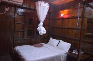 Indawgyi Motel