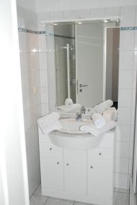 Villa Döser Strand, Апартаменты  Куксхафен - big - 24