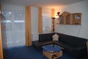 Villa Döser Strand, Апартаменты  Куксхафен - big - 15