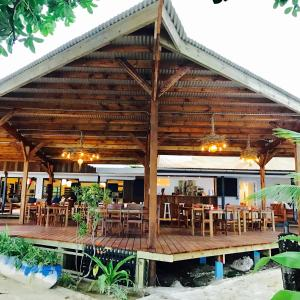 A Picture of Turtle Bay Lodge