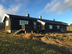 Lilleset Three Bedroom Holiday home
