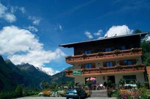 Familienpension Gletscherblick, Guest houses  Heiligenblut - big - 26