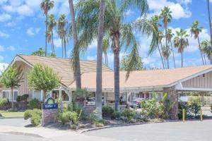 obrázek - Days Inn by Wyndham Fresno Central
