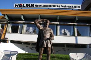 Holms Motel