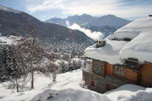 BnB Les Sapins Bleus, Bed and breakfasts  Verbier - big - 6