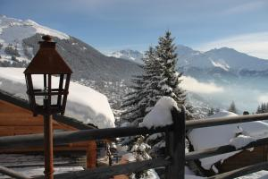 BnB Les Sapins Bleus, Bed and breakfasts  Verbier - big - 8