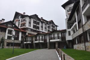 (PM Services Semiramida Apartments)