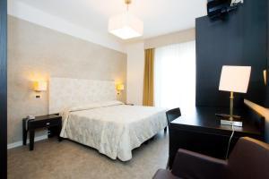 Hotel Savoy, Szállodák  Caorle - big - 16