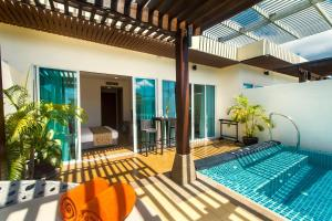 Pool Garden View Apartment by Krabi Villa Company
