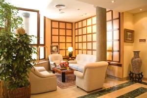 Hotel Tibur, Hotel  Saragozza - big - 36