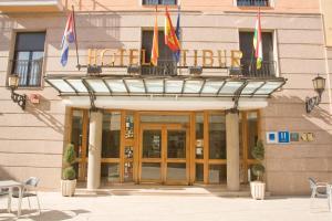 Hotel Tibur, Hotel  Saragozza - big - 49