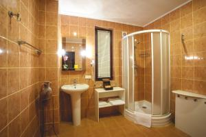 Bartolomeo, Hotels  Dnipro - big - 7