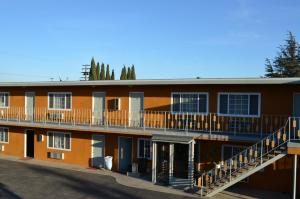 Nearby hotel : Cloud 9 Motel Pico Rivera