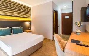 Кемер - Club Hotel Sunbel