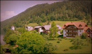 Ferienwohnungen Fischerhaus - direkt am See