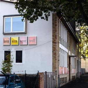 Foto-Motel + fensterzumhof, Penziony  Kassel - big - 17