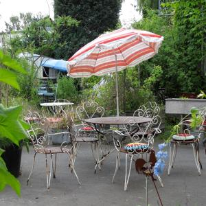 Foto-Motel + fensterzumhof, Penziony  Kassel - big - 19