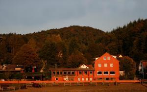 Longhorn Ranch Countryhotel - Garni