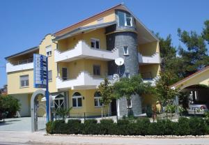 Apartments San