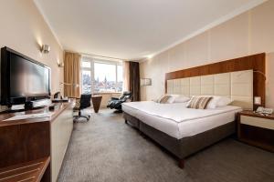 Grand Hotel Union Business