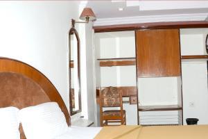 Hotel Monarch Excelency