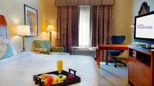 Hilton Garden Inn Sacramento Elk Grove, Отели  Элк-Гров - big - 2