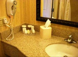 Hilton Garden Inn Sacramento Elk Grove, Отели  Элк-Гров - big - 5