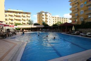 Курортный отель Kleopatra Royal Palm, Алания