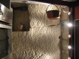Les Troglos de Beaulieu, Bed & Breakfasts  Loches - big - 52