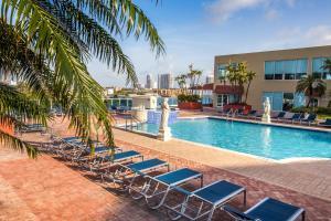 Miami Ocean Suites