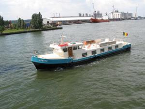 Boat Spring Rivercruise
