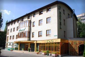 Отель Доминик - фото 1