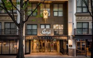 Шарлотт (Северная Каролина) - The Ivey's Hotel
