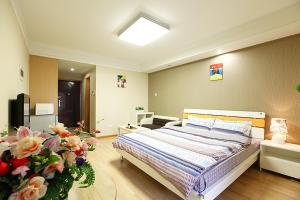 Chengdu Jia Zai Lv Tu Apartment Hong Xing Road, Чэнду