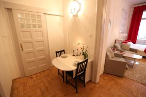 Classic Luxury Apartment(Budapest)