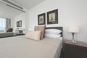 LJ Hooker Manuka Prestige Accommodation