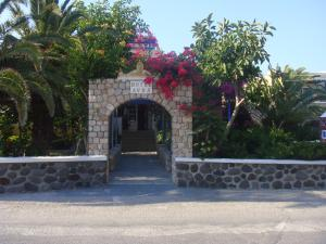 Hotel Avra (Kamari)
