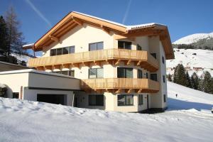 Ferienwohnung am Winterhaus - Apartment - Hintertux