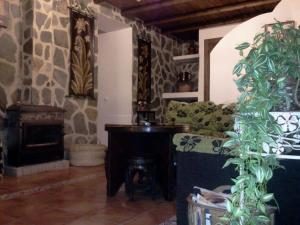 Los Cazadores, Bed & Breakfast  El Gastor - big - 19