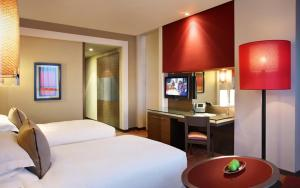 Club Rotana Twin Room