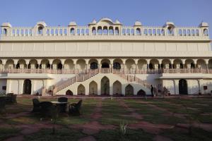 Laxmi Palace Heritage Hotel